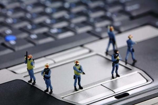 Порошенко рассказал о создании мощного киберподразделения