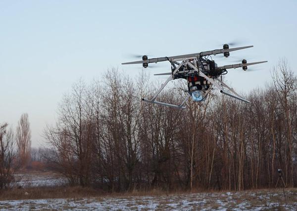Украинские разработчики создали военный дрон, поднимающий до 50 кг