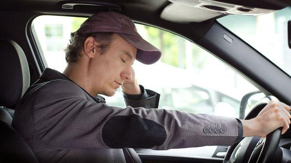 «Яндекс.Такси» будет выявлять признаки усталости водителей