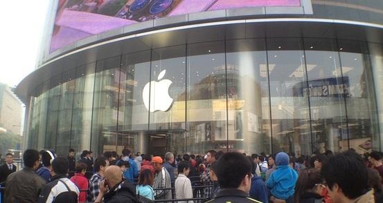 Акции Apple ставят очередной рекорд