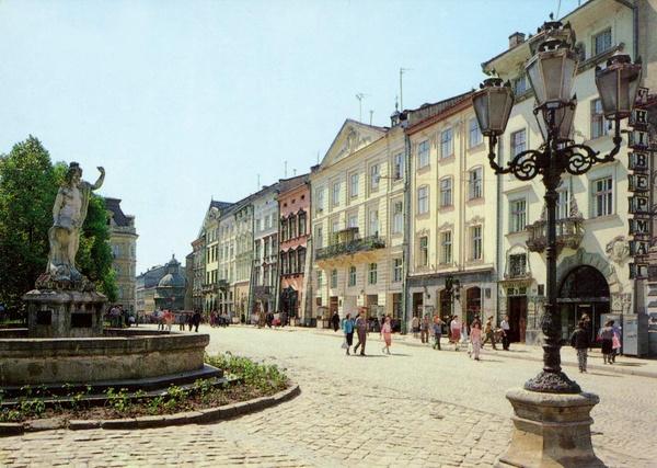 В центре Львова установили более 150 точек бесплатного WiFi