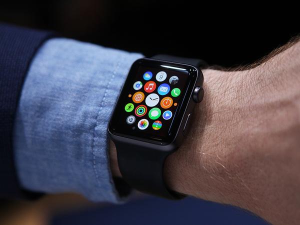 Тим Кук заявил, что Apple Watch побили рекорды продаж