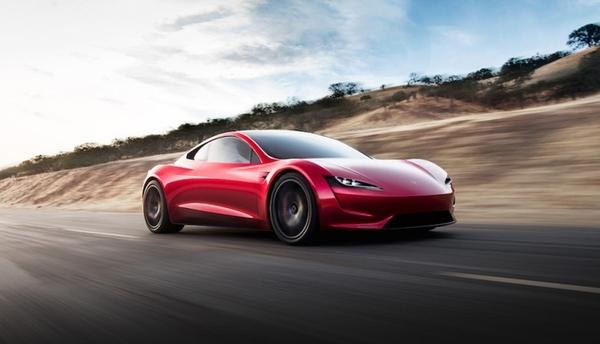 Tesla испытывает свой новый электрический суперкар
