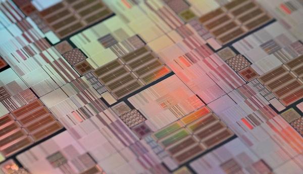 TSMC инвестирует почти $5 миллиардов в развитие производства чипов