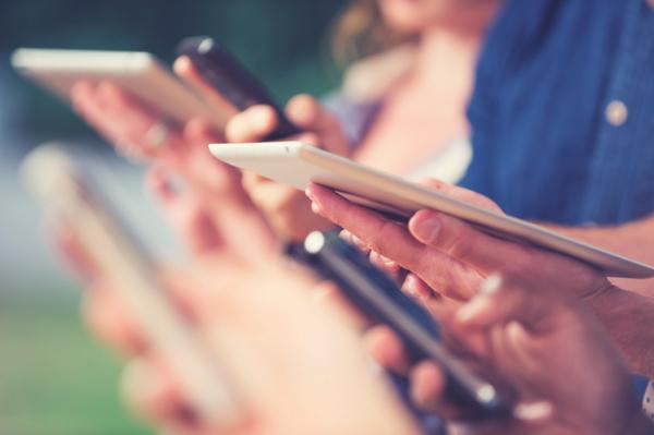 Зависимость от смартфона приводит к изменениям в мозге