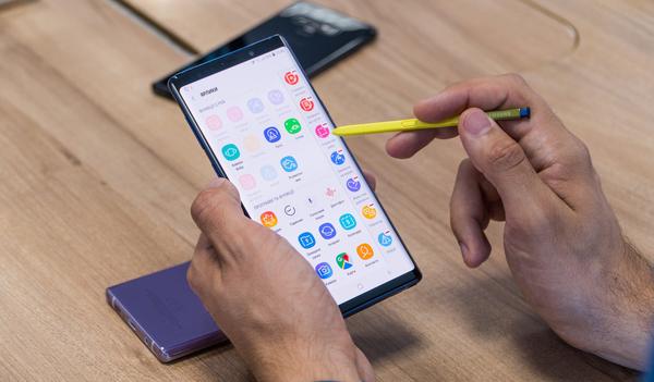 Samsung планирует продать 12 млн Galaxy Note 9 до конца года