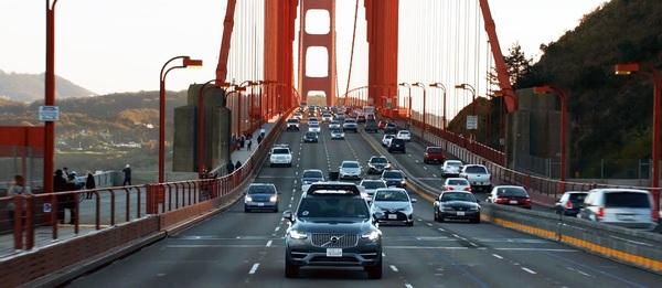 Uber пришлось свернуть испытания беспилотных машин в Сан-Франциско