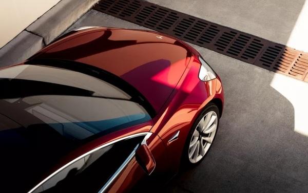 Tesla отчиталась о рекордном квартальном убытке