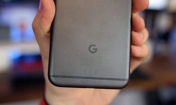 До конца года Google продаст 3 миллиона смартфонов Pixel