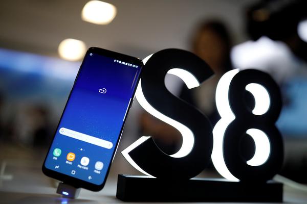 Samsung Galaxy S8 и S8+ на треть опередили предшественников по числу предзаказов