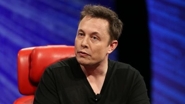 Илон Маск занялся созданием систем подключения мозга к компьютеру
