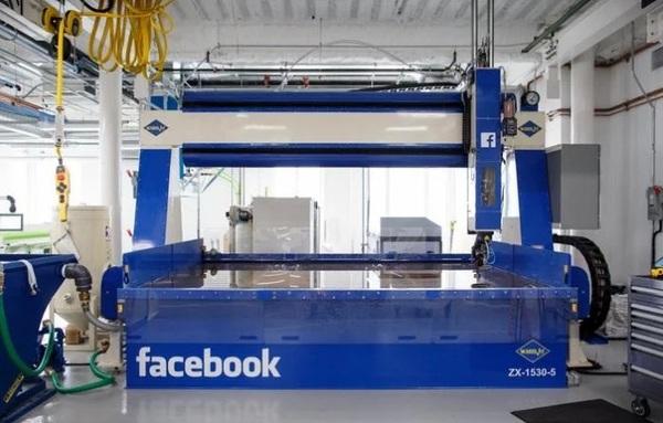Facebook открыла крупнейшую производственную лабораторию
