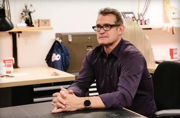Главный дизайнер Motorola уходит из компании спустя 15 лет