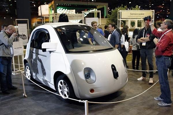 Бывший глава разработки робомобилей Google создал свой автомобильный стартап