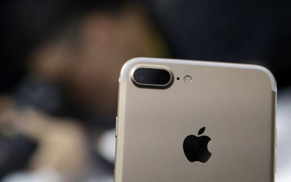 Специалисты показали на видео разницу в скорости загрузки iPhone 8 и iPhone 7