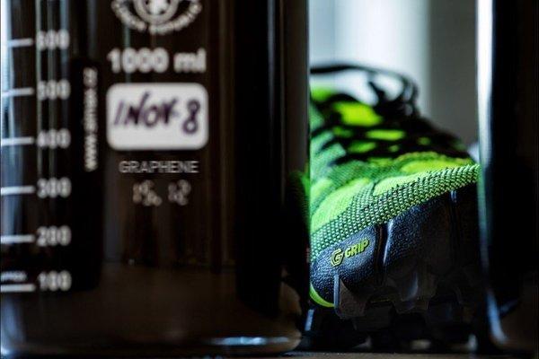 В Великобритании представили вечные кроссовки с графеновой подошвой