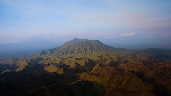 В Google Street View можно рассмотреть действующий вулкан изнутри
