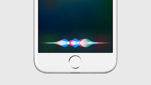 Siri будет идентифицировать пользователей по голосу