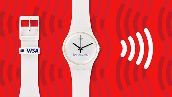 Apple подала в суд на Swatch из-за слогана «Tick different»