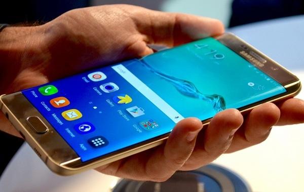 Техподдержка Samsung может удаленно управлять Galaxy S7