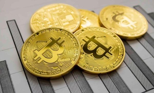 Курс биткоина достиг исторического максимума