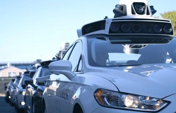 Глава разработчиков самоуправляемого автомобиля Uber покинул компанию