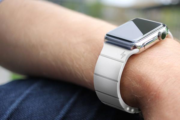 Apple Watch смогут работать с внешними модулями