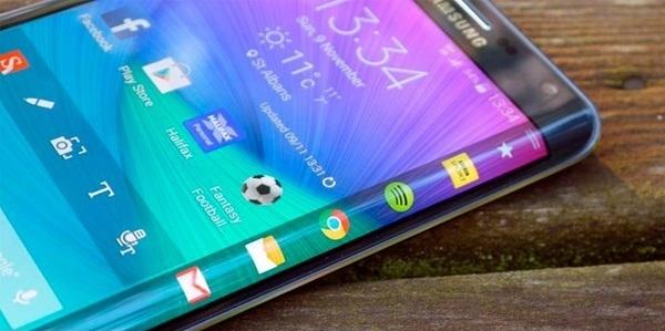 В Сеть попал первый «живой» снимок Galaxy Note 8