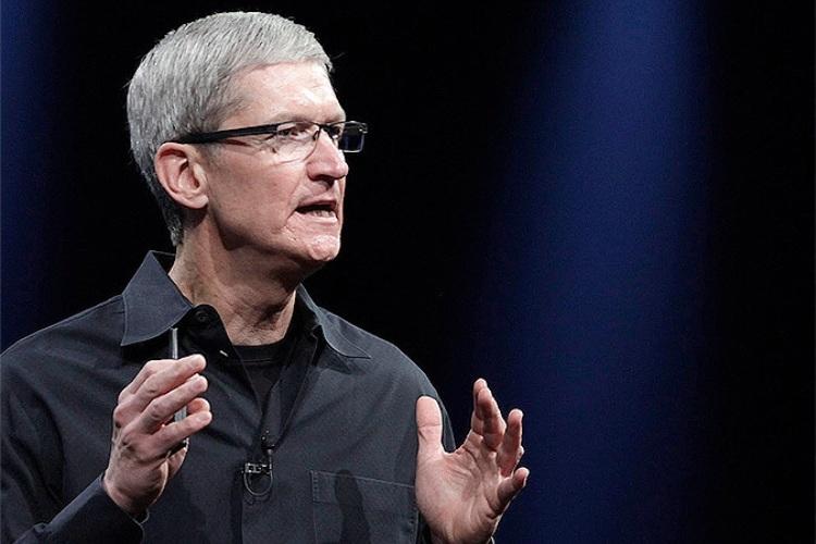 Apple сообщает о рекордной годовой выручке