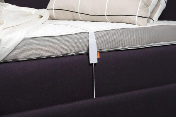 Apple купила производителя трекеров сна