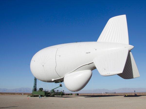 Amazon предлагает использовать дирижабли в качестве складов при доставке дронами