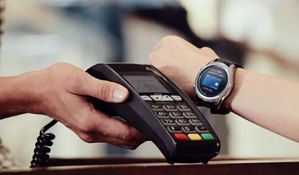 В Украине заработала платежная система Garmin Pay