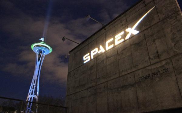 SpaceX начинает испытания для создания глобальной системы спутникового интернета