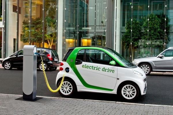К 2025 году автомобили на электротяге будут стоить дешевле бензиновых аналогов