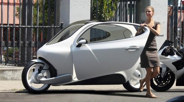 Apple может приобрести стартап Lit Motors, разрабатывающий безопасные электромотоциклы