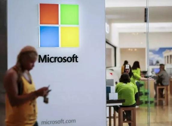 Microsoft продал телефонный бизнес вместе с брендом Nokia компании Foxconn