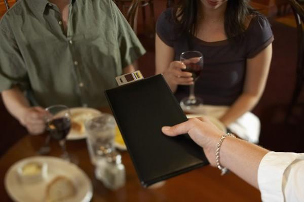 Через «Приват24» можно будет оплачивать счета в ресторанах по QR-коду